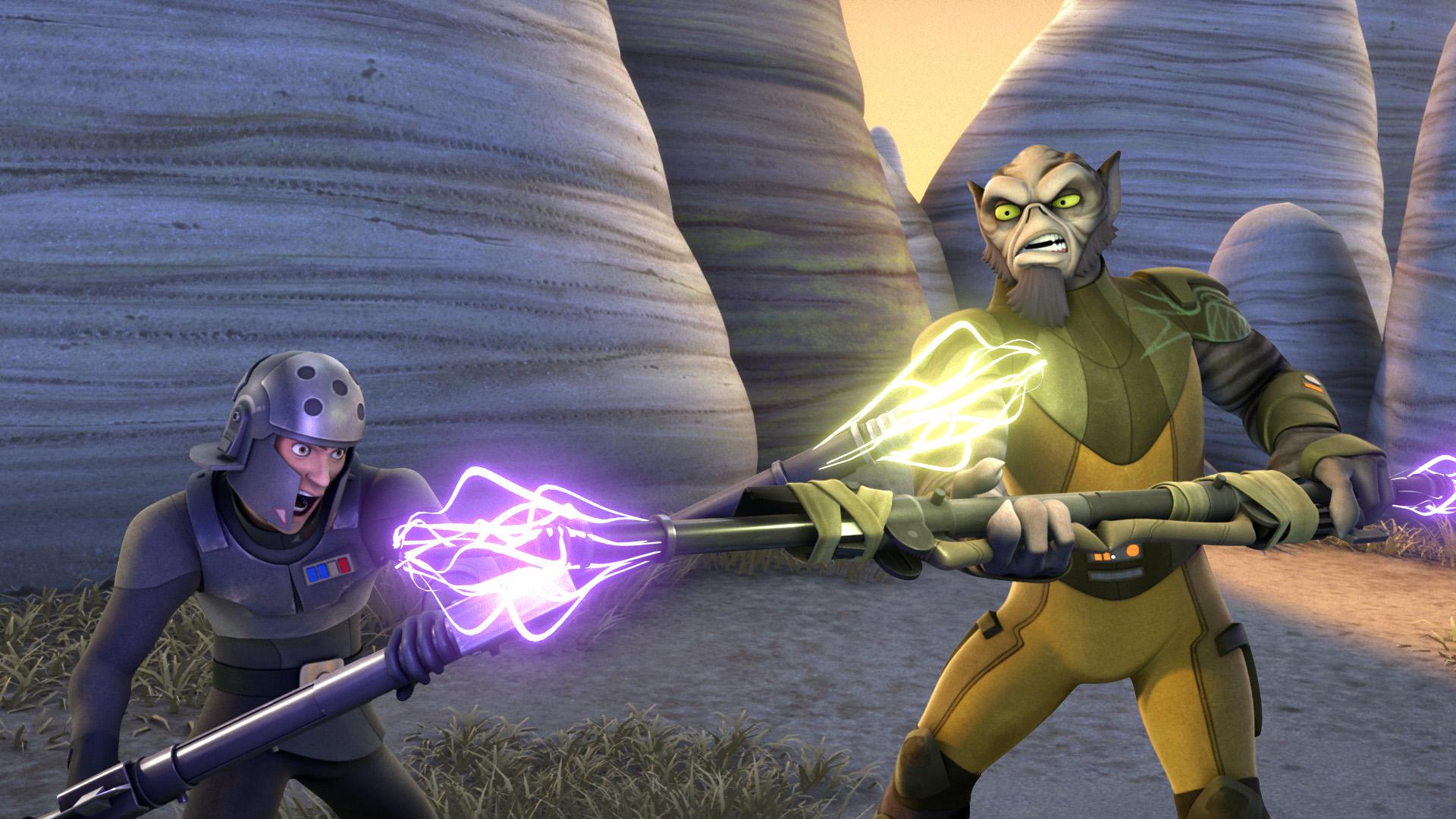 Kallus engages Orrelios in bo-rifle combat.