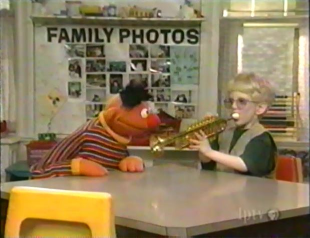 Ernie S Show And Tell Muppet Wiki Wikia