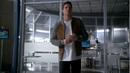 1x13 - Firestorm en STAR Labs.png