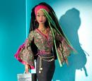 1 Modern Circle Simone Doll (B4473)