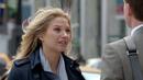 Jenny (2x01).png